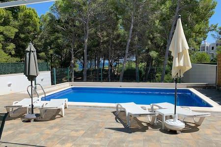 Villa CALA BLANCA L'AMETLLA DE MAR à 70m de la mer