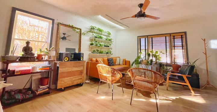 Private Boho Room near Downtown Phoenix