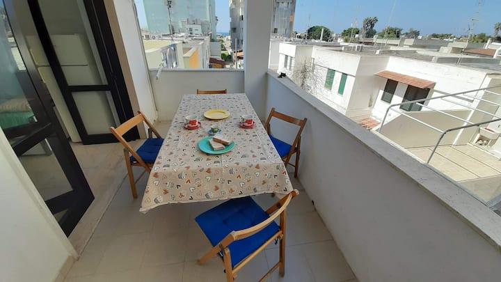 Baia Verde Apartment  close to the beach