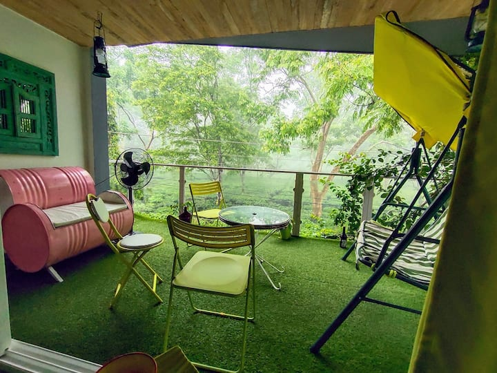 Homestay by the tea garden: The Green Room