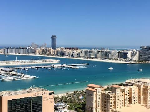BREATHTAKING PALM VIEW APARTMENT IN DUBAI MARINA