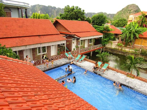 Ninh Binh Mountain Side Homestay - Free Bike..