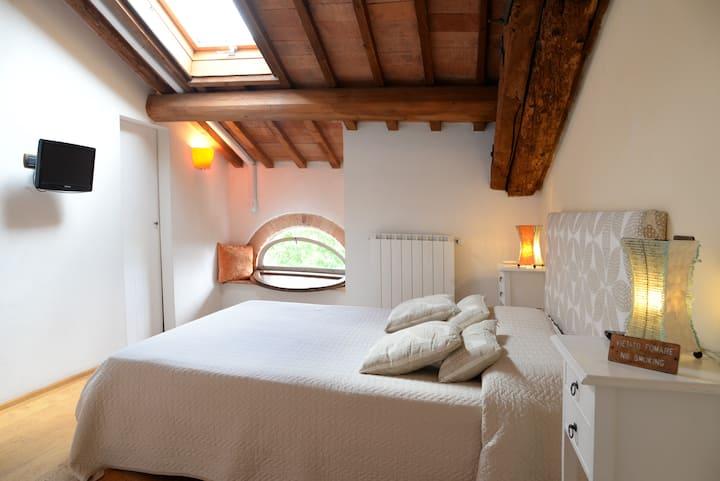 Orange room and Sand room