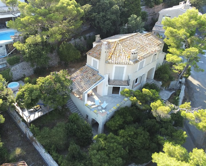 Sète, Villa classée 4 *, vue mer, jacuzi