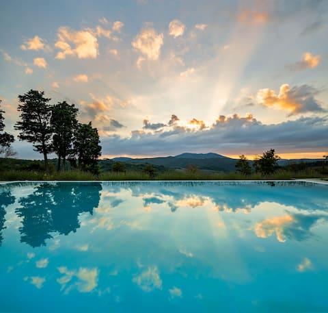 Historisch huis met airconditioning en fantastisch zwembad