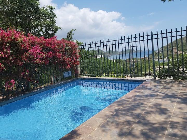 Tranquila cabaña en Taganga con piscina y kiosco