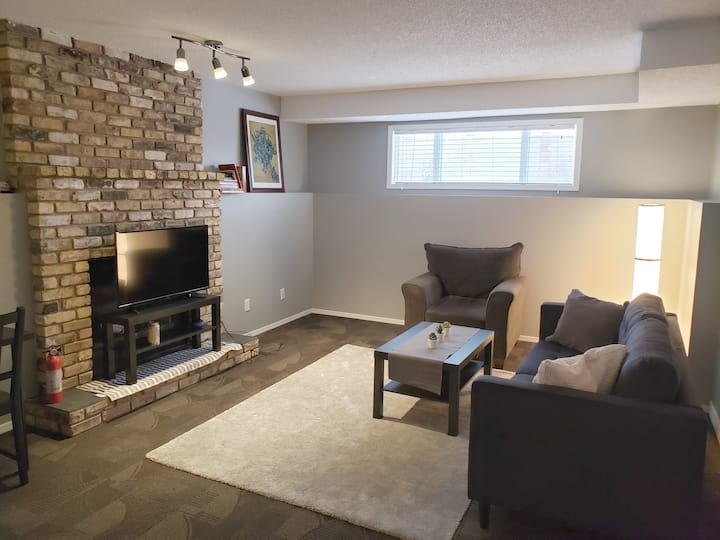 Large 1 Bedroom Basement Suite in Riverbend SE