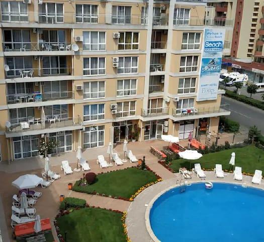 Comfortable 2 room apartment , central Sunny Beach