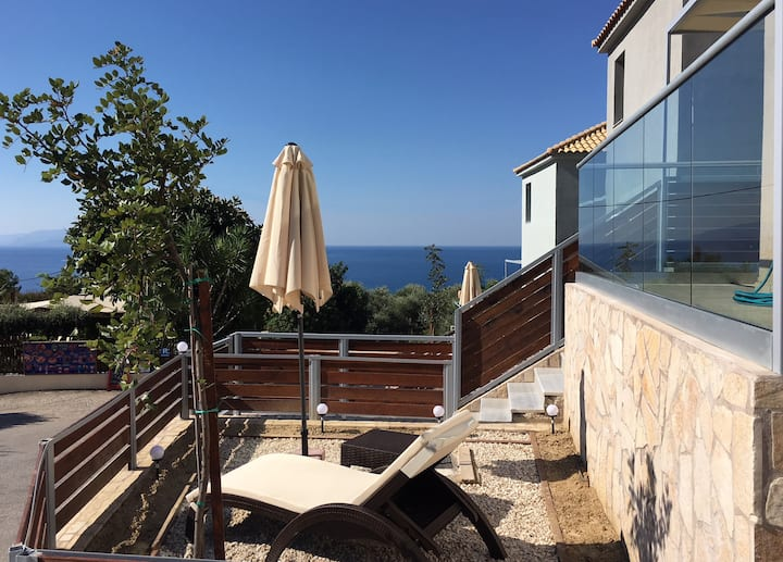 Luxury Apartment with sea view and 2 bedrooms