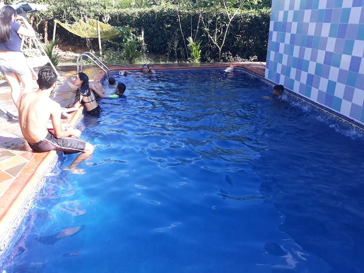 Habitacion (4 Pers Max) Casa Campestre con piscina