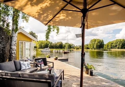 Maison d'hôtes avec sauna au bord du lac, à proximité de Sthlm
