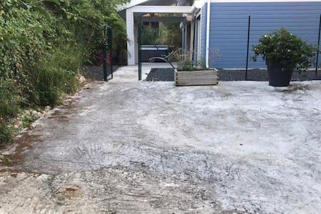 Parking mesto za osobe sa invaliditetom