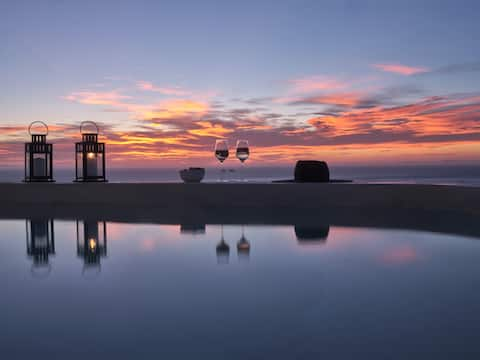 Sueno sunset villa for 2 with jacuzzi