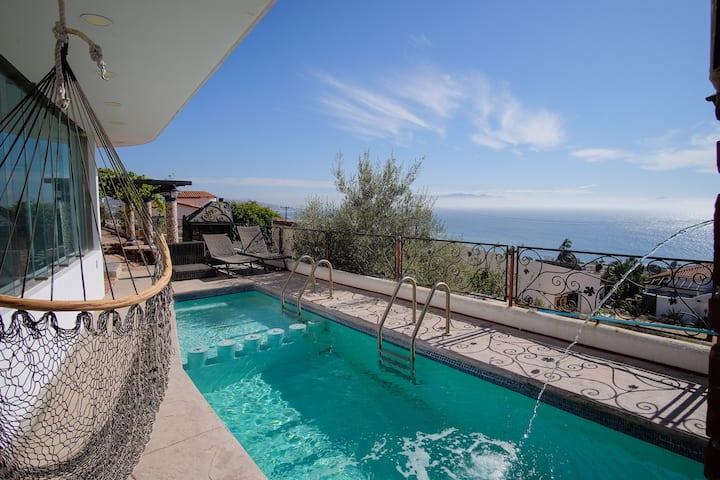 Villa Nautilus Private Pool, Fire Pit & OceanViews