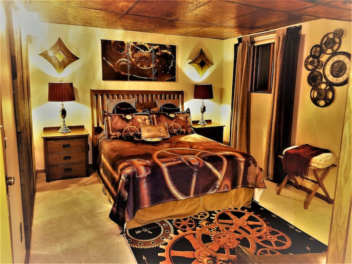 Galina Chamber - Steampunk Manor Bed & Breakfast