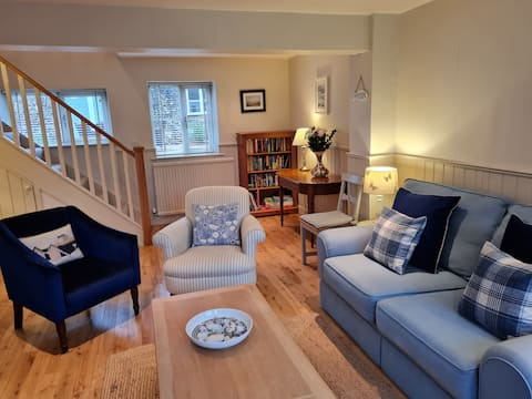 The Bothy -  luxurious, traditional cottage