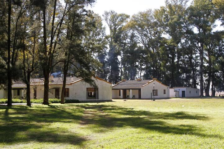 Casa de campo en Estancia orillas del Salado