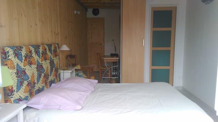 Chambre   dans maison proche de Clermont-ferrand