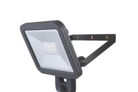 At front door there is a floodlight automatic