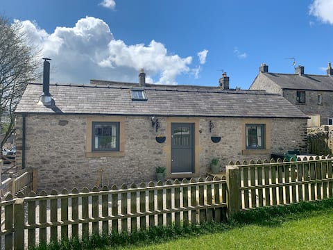Keepers Cottage - Cosy Peak District Retreat