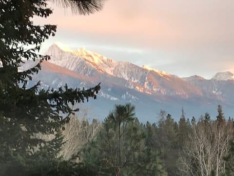 Ravens' Ridge MT: Mountain View