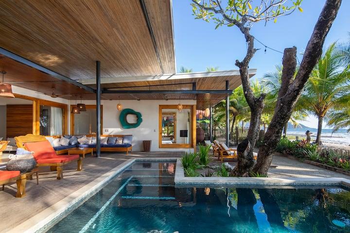 Beachfront Luxury Villa Akoya