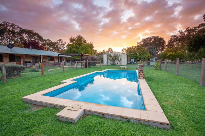 Homeleigh Rural Retreat (3 bedroom house)