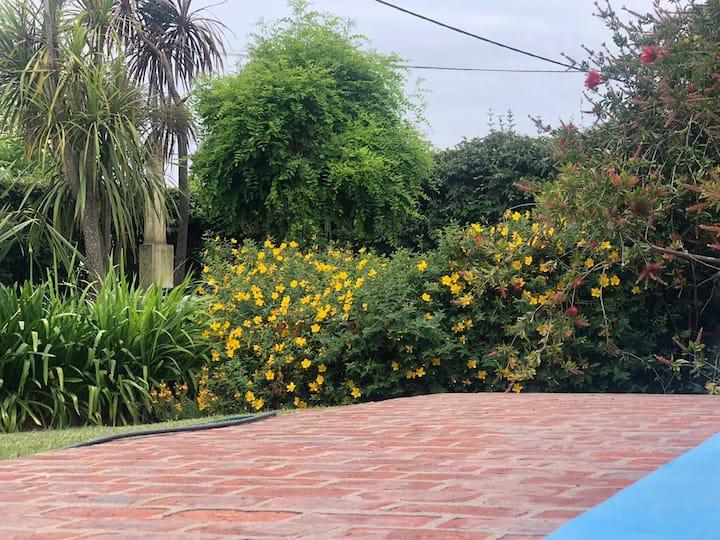 Departamento p/4 /P-Jacaranda con parque y pileta