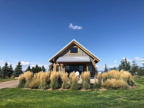 Renovated Luxury  Barn bordering on Flathead Lake