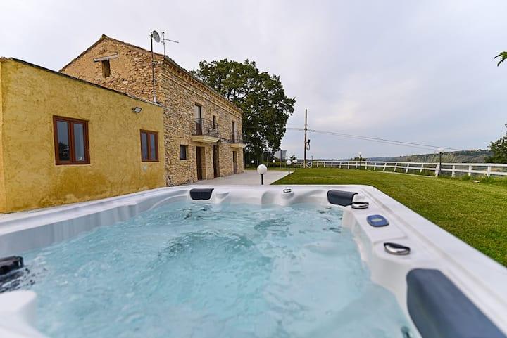 Napoleonic villa with  private spa & tennis court