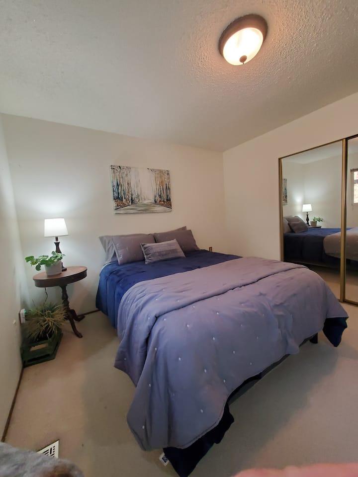 Long Term River Estates Private Room