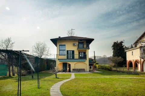 """""""Ypa Home""""   Lago di Candia Canavese"""