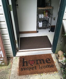 """36"""" entry door with 33"""" of clearance. Once inside hallway narrowest point is 30""""."""