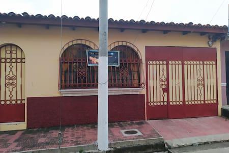 """Casa de Campo """"El Abuelo"""""""