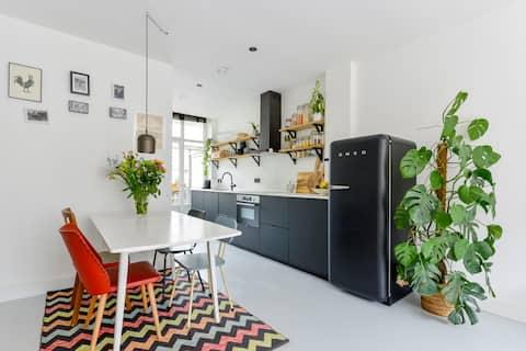 New Urban Design Apartment - Amsterdam West