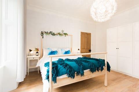 Stylish Modern Central Scandi Flat/Apartment