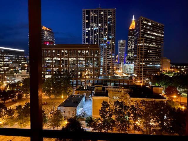 20B - This 1 BD 1 BA unit has a great view of iconic Atlanta and Midtown landmarks from the balcony!