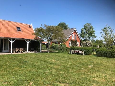 Vakantie huis met tuin bij Oosterschelde Zeeland