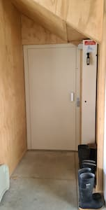 For guest with mobility needs, the entrance if via an internal lift located inside the garage, no stairs or steps to negotiate.  Lift access is to all floors.