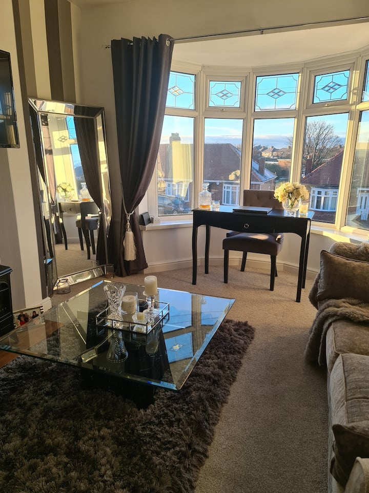 Stunning apartment, 1 min from hospital