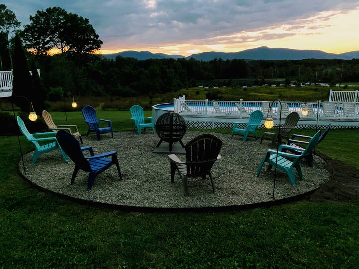 6BR, Fall Retreat, Fire Pit, Fire Table, Hiking