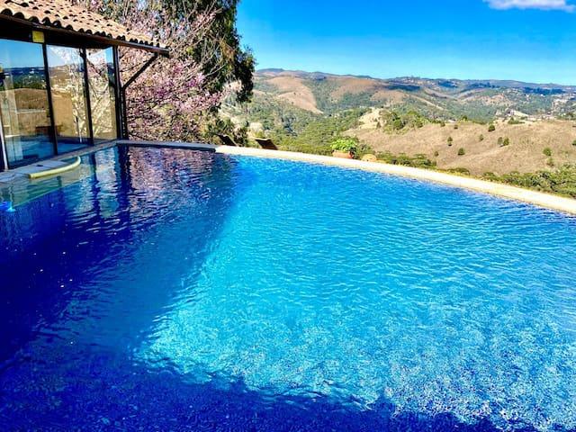 ★ Chalé Vista Privilegiada - com piscina privativa