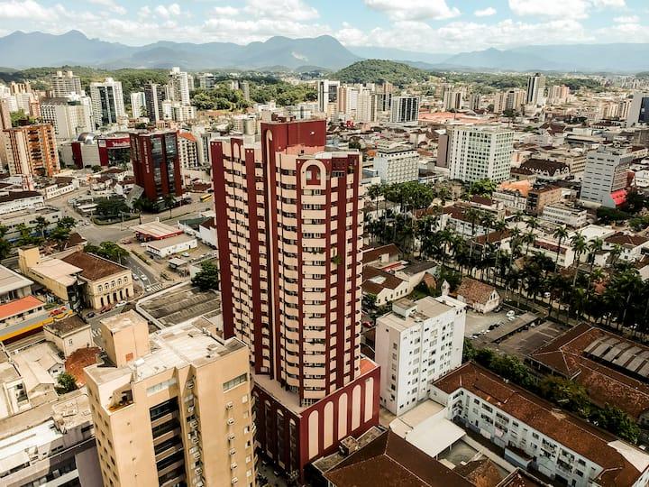 ⭐️Apart centro Joinville com Netflix, ar e piscina💫