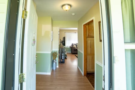 Wide entrance for guests