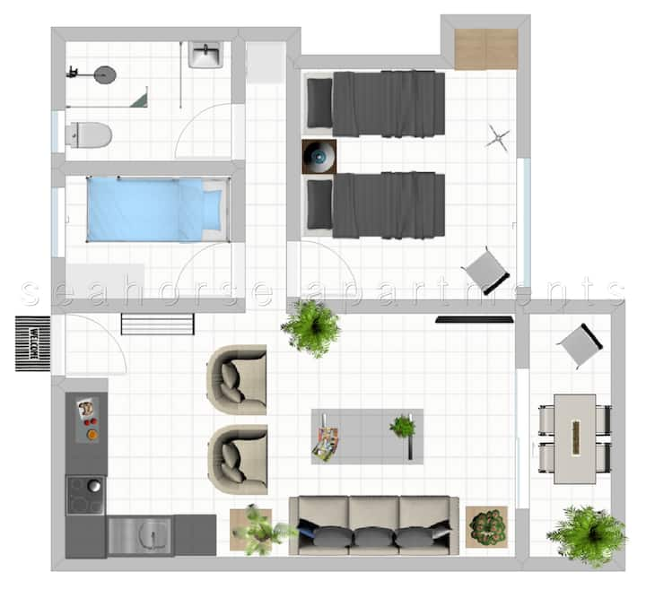 2 bedroom with balcony. central  nightlife