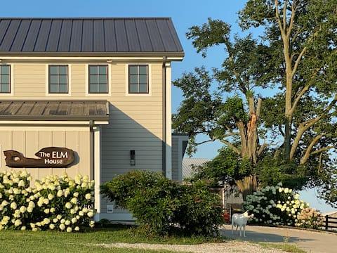 The ELM House WEST.  Rustic & Classy Farm Retreat