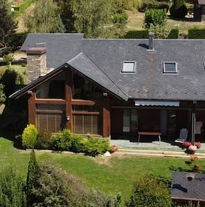 Villa with garden and beautiful views