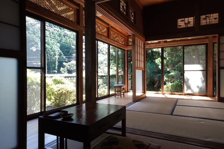 Tatami-Room in Shimanto Riverside Hideaway