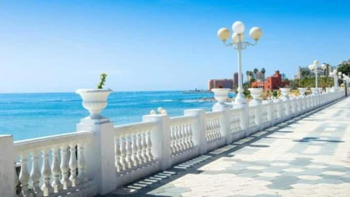 ***Beach Apartment incl.Pool, Balcony & Parking***