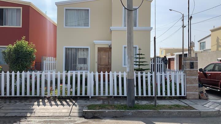 "Entire House near the ""Las Delicias"" beach"